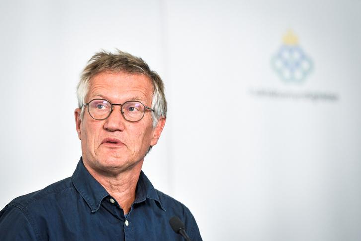 A svéd járványügyi védekezést irányító Anders Tegnell epidemiológus egy koronavírus-járvány terjedéséről szóló sajtótájékoztatón 2020. július 30-án Stockholmban.