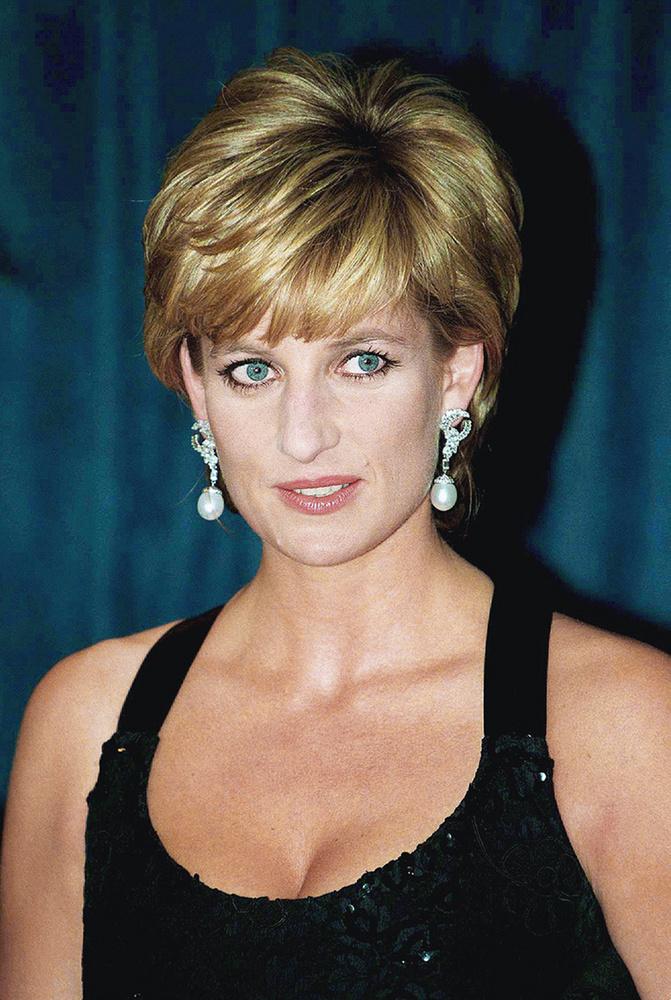 Mit gondol, jó Diana lesz Elizabeth Debickiből?