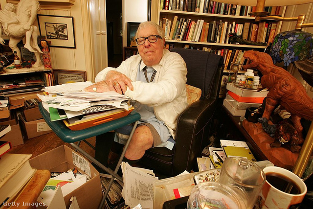 Ray Bradbury 2008-ban, Los Angeles-i otthonában