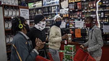 Dél-Afrika feloldotta az alkoholtilalmat, megrohamozták az emberek a boltokat