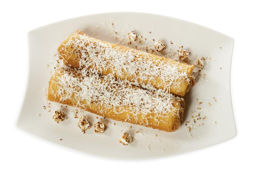 Hússal, sajttal töltött, rántott palacsinta: maradék csirkéből is készítheted