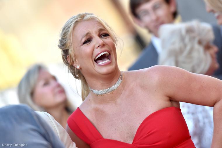 Britney Spears korábban egy celebeseményen.