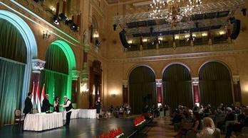 Kiosztották az idei Kossuth- és Széchenyi-díjakat