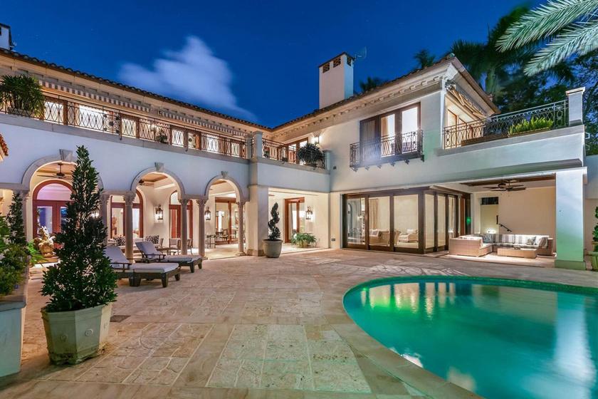 A sztárpár ezt a gyönyörű házat vásárolta meg Miamiban.