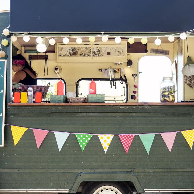 A 4 legjobb food truck Budapesten – Most kiderül, melyik guruló konyhában készül a város legfinomabb grillcsirkéje