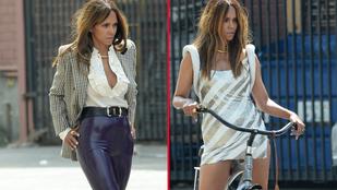 Halle Berry a lába közé kapott egy bringát egy fotózáson, de nem szállt fel rá