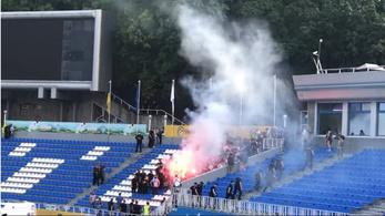 Zárt kapus meccsre törtek be az ukrán ultrák, hogy az edző kirúgását követeljék