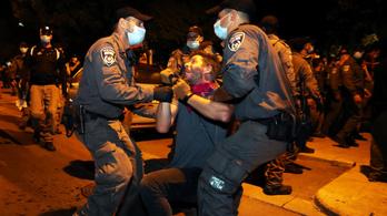 Tízezren követelték Netanjahu távozását, több tucat tüntetőt letartóztattak
