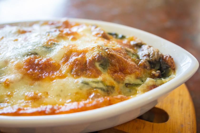Szaftos csirkemell spenótos, tejszínes szószban sütve: csak tedd a sütőbe a hozzávalókat