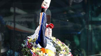 Ha Alonso elindul az Indy 500-on, csak Szato nyerhet