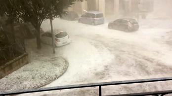 Jégvihar, villámárvíz tarolta le Észak-Olaszországot