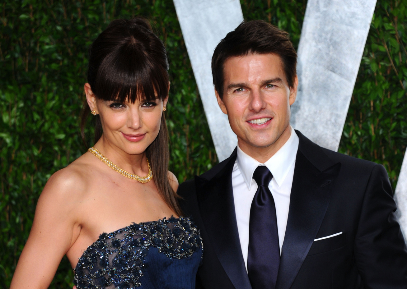 katie holmes tom cruise cover