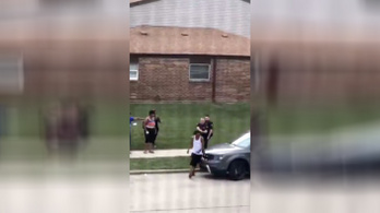 Amerikai rendőrök hátba lőttek egy fekete férfit, azonnal zavargások törtek ki