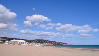 Franciaország legújabb gócpontja: az ország egyik legnépszerűbb naturista strandja