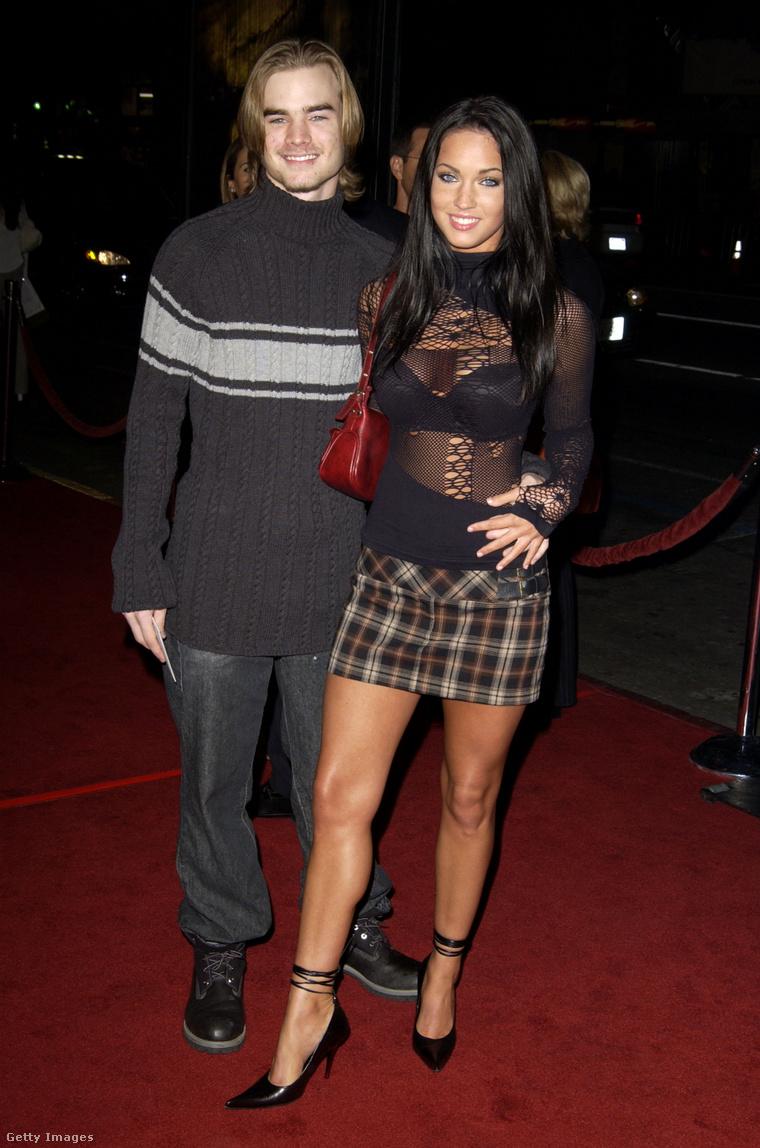 Megan Fox a kétezres évek elején, amikor még nem volt celeb. Akkori partnere David Gallagher színész, akit, ha ismernek, az valószínűleg a Hetedik mennyország című sorozat miatt van