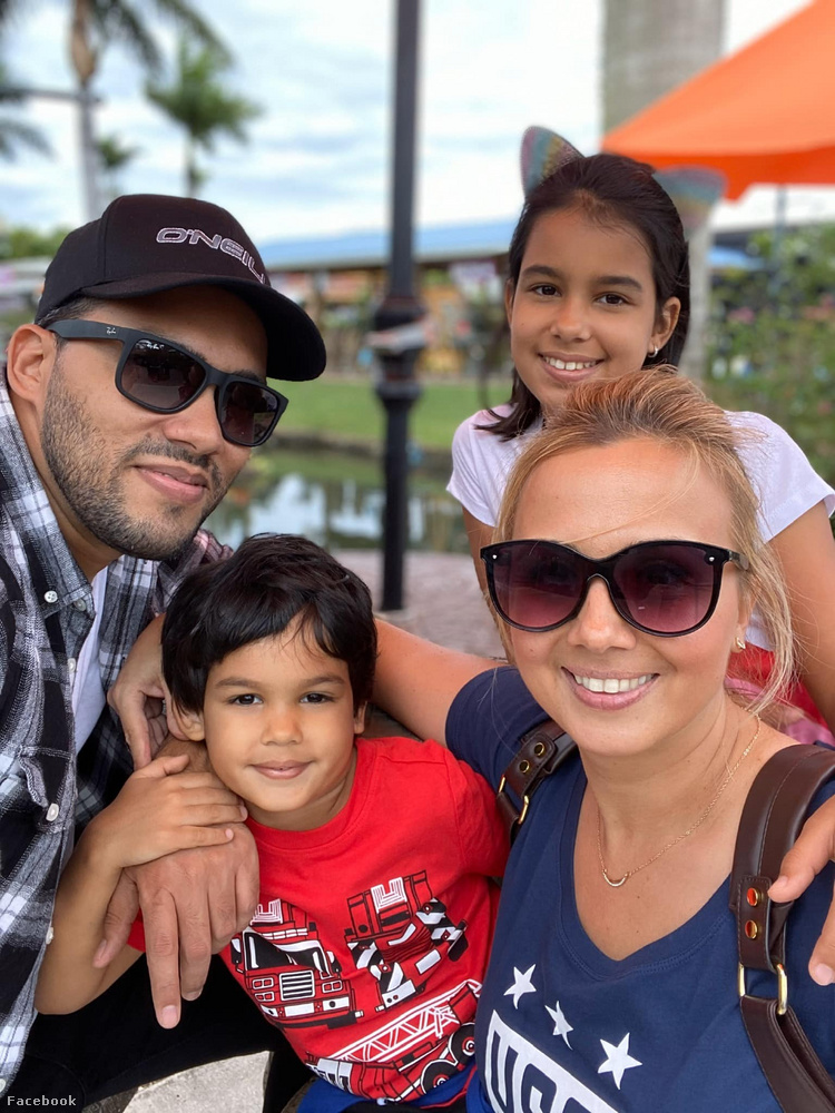Gombos Edina öt évvel ezelőtt az Egyesült Államokba költözött kubai férjével (Alberto Costafreda) és két gyerekükkel (Miranda, Matteo)