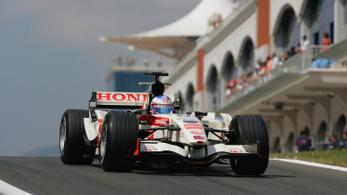2009 óta a legrövidebb F1-szezon jön, visszatérnek Isztambulba is