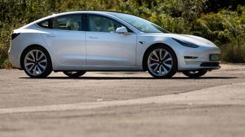 A Tesla betesz a tuningolóknak?