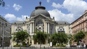 Fertőtlenítették a Vígszínház épületét, miután pozitív lett az egyik színész koronavírustesztje