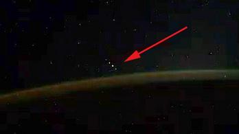 Rejtélyes űrbéli vendéget fotózott az ISS orosz űrhajósa