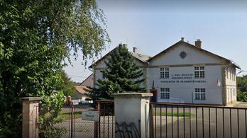 Megszűnt egy gödöllői gimnázium