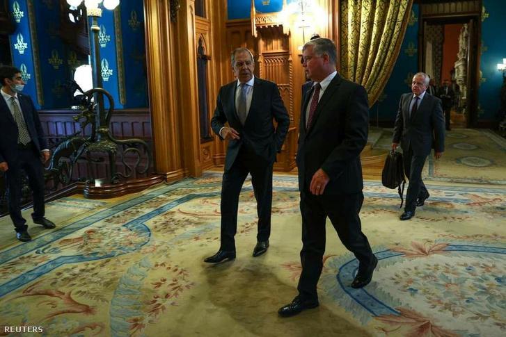 Szergej Lavrov orosz külügyminiszter és Stephen Biegun amerikai külügyminiszter-helyettes