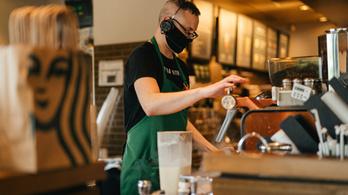 56-an fertőződtek meg a Starbucksban - kivéve a maszkos személyzet