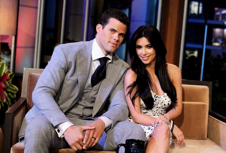 Nehéz elhinni, hogy Kim Kardashian Kanye West színrelépése előtt is volt szerelmes, igaz? Pedig így volt, Kris Humphries NBA-sztárral még össze is házasodott, igaz, csak 72 napig bírták együtt