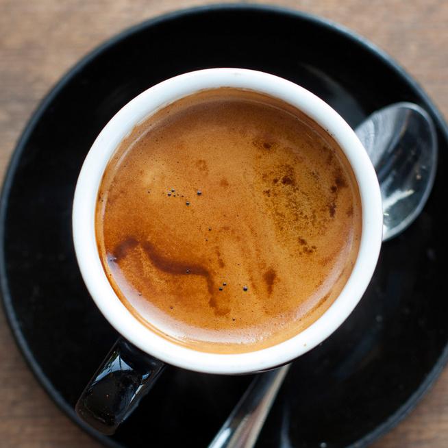 A hosszú kávé erősebb, mint az eszpresszó? Ettől függ a koffeintartalom