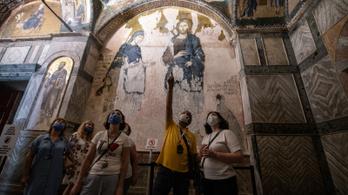 Újabb világhírű bizánci templomot alakítanak mecsetté