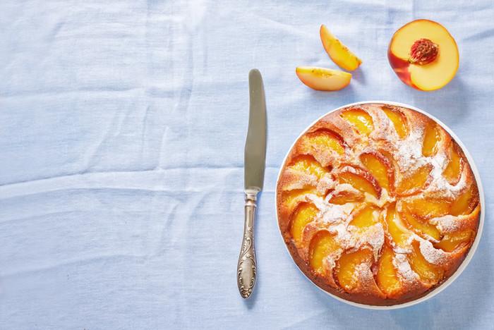 Ha még gyümölcsösebben szeretnéd, süss a tetejére vékony nektarinszeleteket.