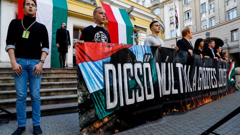 Hiába, a Jobbik szélsőséges múltja mindig visszaüt