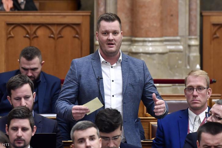 Nunkovics Tibor az Országgyűlés plenáris ülésén 2020. február 24-én.