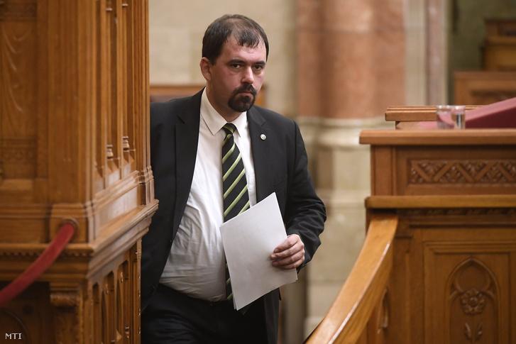 Szávay István az Országgyűlés plenáris ülésén 2018. november 28-án