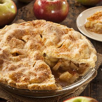 Az eredeti amerikai almás pitéhez semmi sem fogható: omlós tésztától és szaftos tölteléktől nagyszerű