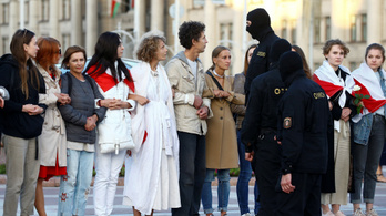 Rohamrendőrök oszlatták ismét a tüntetőket Minszkben