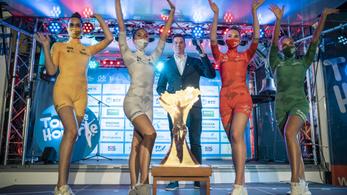 Mez- és csapatbemutatóval kezdődött a bivalyerős Tour de Hongrie
