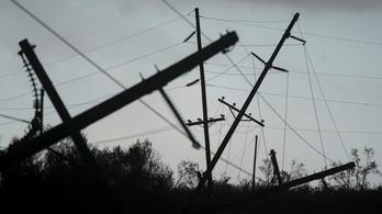 Szén-monoxid-mérgezés, kidőlt fák: a Laura ciklonnak már 14 áldozata van