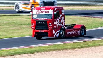 Megnyerte a kamion Európa-bajnokság szezonnyitóját Kiss Norbi