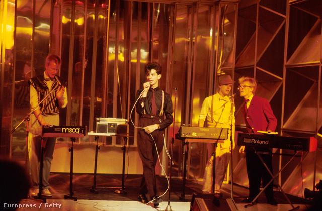 Depeche Mode tévé fellépés a 1981-ből. Jobb szélen Vince Clarke.