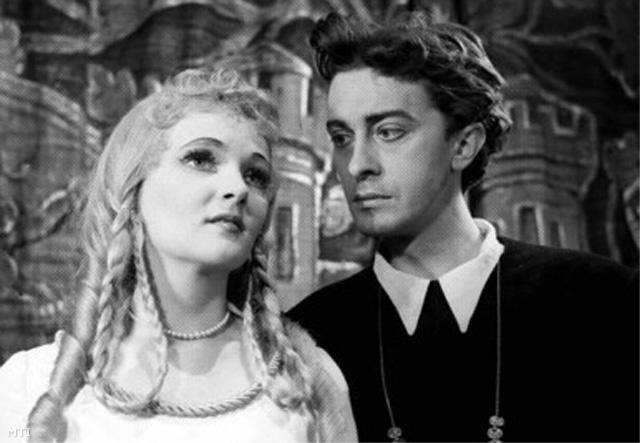 1956. március 15. Örkényi Éva és Mensáros László Hamlet előadásán
