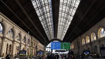 MÁV: a nemzetközi vonatokban nem lesznek fekvő- és hálókocsik, valamint étkezőkocsik