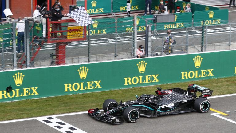 Belga Nagydíj: könnyedén nyert Hamilton, egyre közelebb Schumacher rekordjához