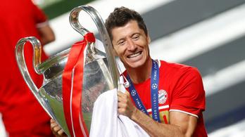 A mindent megnyerő Lewandowski lett a legjobb focista Németországban
