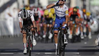 Megkönnyezte szakaszgyőzelmét a Tour de France új sárga trikósa