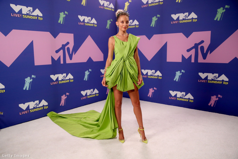 Valamiért Nicole Richie is elment a VMA-re
