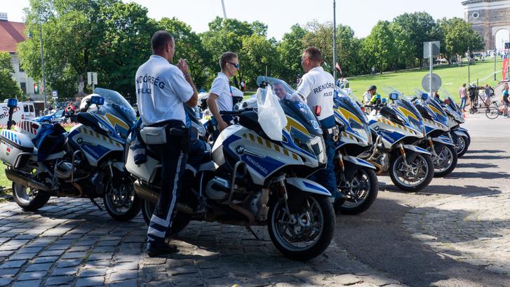 15 rendőrmotoros biztosítja a versenyt