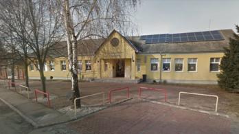 Nem kezdődhet meg a tanítás Győrújfaluban