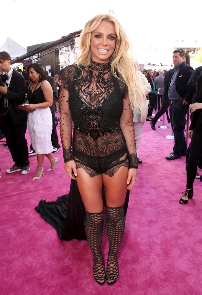 Adjunk neki még egy esélyt: ebben a ruhában feszített a 2016-os Billboard díjátadóján