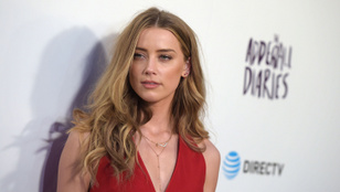 Amber Heard a duplájára perli vissza Johnny Deppet